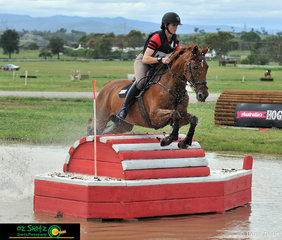 Flying into first place in the CCI 4 Star at Tamworth International Eventing is Hazel Shannon and Willingapark Clifford..