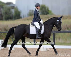 "Sophie Tsebelis rode ""Moonbah Ridge Keiki"" in the Preliminary 1B on Sunday"