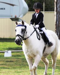 Third-generation Byalee Stables rider Kara Delaney ecstatic to enter the arena on 37yo Byalee Baby
