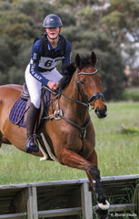 2nd place in the 80 Div 1 went to Chelsea Clarke riding 'Horseshoe Bay'.