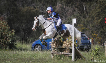Winner of the 80 Div 2 was Amelie Morelli riding 'Wez'.
