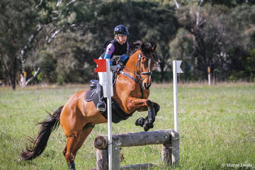 Caitlyn Worthington riding 'Rockingham Second  Guess' placed 2nd in the 80 Div 2.