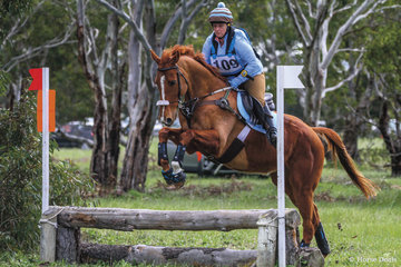 2nd place in the 65 Div 1 was claimed by Louise Allen riding 'Hidden Warrior'.