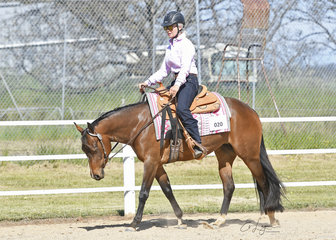 Penny Woodhead and Something About Ceelena, in the Improver Western Horsemanship.