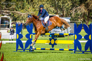 Lara Pizimolas and 'JEP Frapant' making their way around the Vivarchie Equestrian Open 1.20m