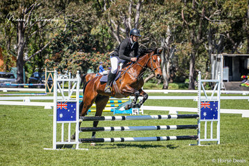 Kurt Siviour riding Annabelle completing a nice round in the Open 65cm