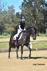 Archie Metcalfe riding Glenray Wrangler