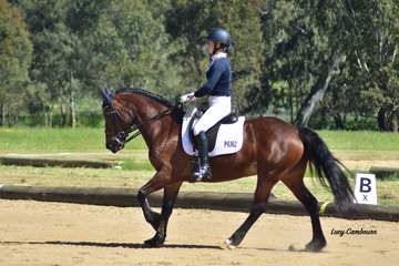 Rianna Reeves on Grenwood Lulu was awarded 1st in the CR Elementary 3A and 2nd in the CR Medium 4A.