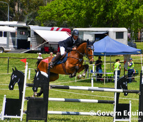 Lane Clarke with Valentine Lodge Vanna in the 1.20m on Day 1