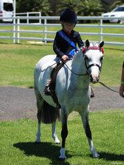 Dakota Phillips had a ein in the uner 6 rider