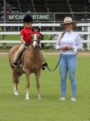 Alex Strange and her beautiful daughter Lilie enjoyed a great day out at the show