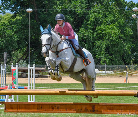 Kristle-Lee Cross and Little Bit of Blue in the 1.15m on day 1