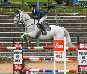 Erin Roddy and Oaks Sharko placed 2nd in the GH Mechanical 1.35m.