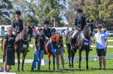 Whats showing without your support crew!  All smiles were Ava Halloran on DS Tulara Fursandro, Paige Natale on Sunshine & Lollipops, Aida Natale on Rushton Park Revelry after all having a super successful day