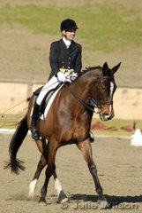 Brenna Tillitzki from NSW rode Mansfield Park Axel  in the Ride In Style Advanced 5.2 to score 56.7%.