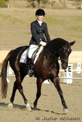 Stefanie Bryant from Qld rode Belcam Gertrude in the Capricorn Feed Bins Preliminary 1.3 to score 68.8% placing 5th.