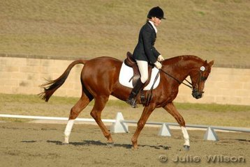Olivia Leicester from NSW rode Enspada in the Capricorn Feed Bins Preliminary 1.3 to score 59%.