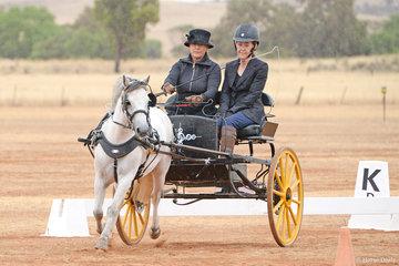 Yvonne Freschi driving 'Nilton Mahina'