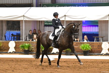 Rozzie Ryan has had many successful visits to DWTS and is pictured aboard the delightful 'Jarrah R' by Jive Magic on their way to second place, with 73.195% in the Grand Prix Freestyle.
