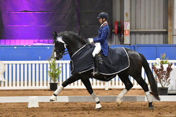 New Zealand rider, John Thompson is part of the new, young push in Australian and New Zealand dressage. He is making his presence felt. Second in the Grand Prix earlier in the show, John rode his 'JHT Chemistry' (Cendea/Johnson mare) to win the Grand Prix Freestyle with 75.195%.