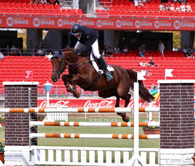 Brook Dobbins riding 'Niranda MVNZ' won the Accumulator Jumping Contest.