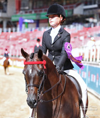 Winner of the Equestrian Showcase, Boy or Girl Rider, 15yrs & under 17yrs Holly Balfour-Brown.