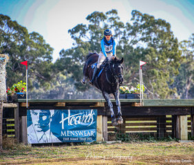 Winner of the IRT CCI4* class and Sarah Clark and 'LV Balou Jeanz' clearing the iconic 'Laneway Crossing'