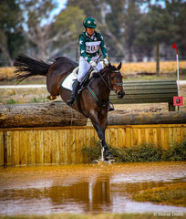 Jenny Bowker and 'BMS Alexeah' make easy work of the Little Equine Co. CCI2* water.