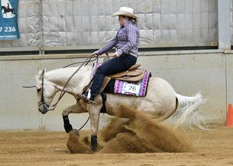Amanda Stephens riding Wimpys Whizzngem