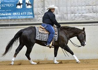 Jenny McDonald riding Time To Shine