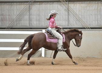 Juliana Sheridan riding JA Shiney Nu Dunnit