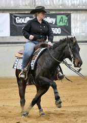 Stephanie Lancefield riding  QP Rufinstein