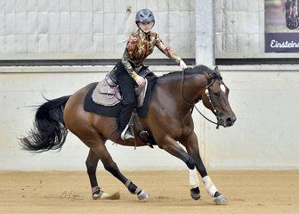 Dakota Rawson-Harris riding Mississippis Destiny