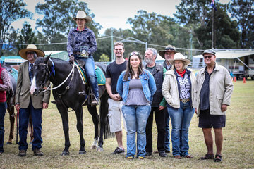 Winner of the Gordon McGeary Challenge Secret Heart Hitman and Maryanne Gough picture here with judge Slim Perrin and extended family of Gordon McGeary