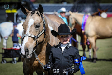 Boogies little Sunfire 1st best presented Colourama Reserve Champion Colourama mare 1st youth showmanship with 10 yr old Kaylah Ford