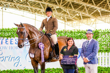The East Coast Equine Construction Large Hunter Hack Championship was claimed by the one and only Federer, with talented rider Adam Oliver from Universal Stables.
