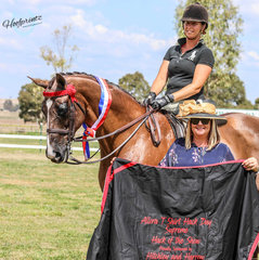 DP Polo and Karen Shaw winning supreme hack sponsored by Hitchley and Harrow