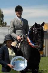David Quayle from Tocumwal on the NSW/ Victorian border, rode his own and Sally Watkins' 'DQ Chalmer' to win the Open 15.2-16hh class and claim the Champion Hack award.