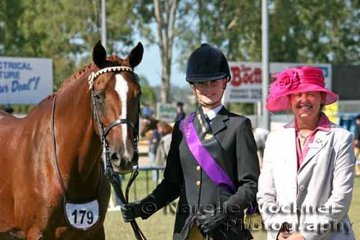 Champion Youth Handler Katie Acton with 'Yarramee Willow' & judge Katherine Saggers