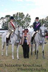 Judge Debra Watson with Champion Arabian Amateur Rider Veronica Mortimer riding 'Stapylton Park D'Alliance' & Reserve Champion Shannon Parry riding 'Palmgold Desert Flyte'