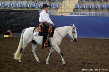 Jessie Mathrick riding Denims The Menace in the Youth Western Horsemanship 12-14 Years.
