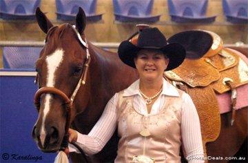 Cassandra Huyshe with her gelding Winderadeen Dash To The Bar.