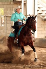 Robertson's Fabrications Rookies Reining competitors, Princess Fiona & Susan Frost.