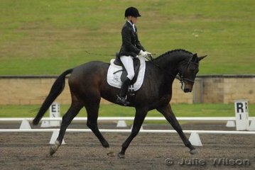 Katlin Hull from Waroona, Western Australia, rode Mataria Rivendell for fifth place in the 1.3 961.80%) and equal sixth place (63.20%) in the Hamag Preliminary 1.4.