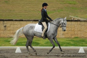 Alison Gill rode Bamborough Epic for eighth place in the  Hamag Preliminary 1.3 with 61.20%..
