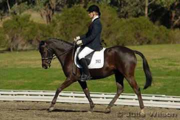 Melissa Payne and Silerthorn Royal Astra competed in the Equissentials Pony Novice 2.3.