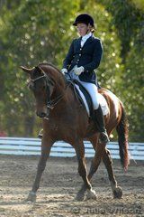 4th 53.1 4.4  Sancha Butler rode Gold Shaft Moonshadow to place third in the Natural Care Company Medium 4.3 on a score of 58.4%.