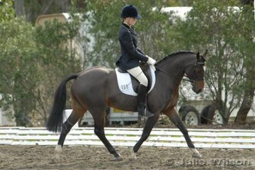 Jane Doak from the ACT rode Cyclone Jeopardy in the NSW State Pony Championships Novice EFA 2.3.