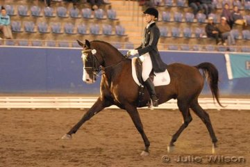Jessica Willard and Sienna Tailor Made put their best foot forward in the Centennial Vineyards Intermediate I. Jessica placed third in the FEI Small Tour Championship.