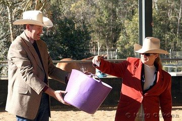 PHAA President, Craig Dengate & USA judge, Deanna Akin, undertake the drawing of the winner of the PHAA Foal Raffle. The winners of the lovely filly kindly donated by Kim Harris of RU Paint Horse Stud were Rob & Jess Wilson of Mooloolah, Queensland.